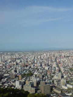 肉眼では100年記念塔まで見えた