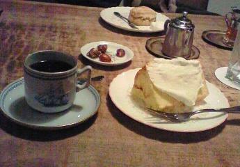 マンデリンとシフォンケーキ