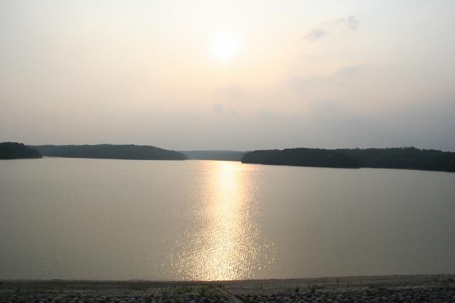 狭山湖・夕暮れ時