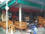 タイ民芸調の家具
