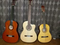 ミニクラシックギター