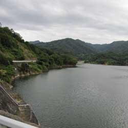 ダムの釣り1