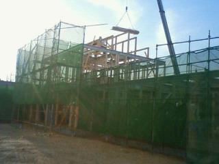 F 様新築住宅の昨日の建方状況です。