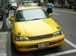 台湾のタクシーはみんな黄色です