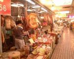 肉などはもちろんリアルにむき出し販売