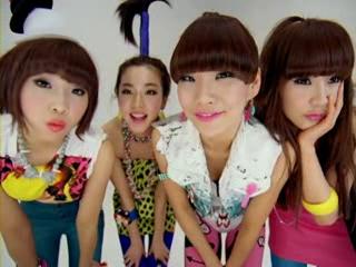 Big Bang   2NE1 Lollipop MV [HQ].flv_000001935