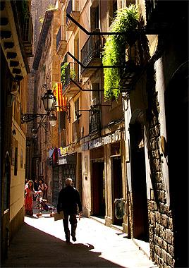 バルセロナの中通りの画像