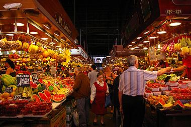 サンジュセップ市場と、スペインのおばあさん