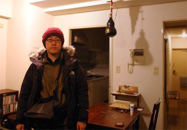 ノースフェイスのマクマードジャケットを着たオスダルの画像