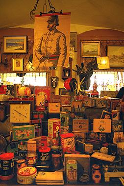 プラハの古道具屋の画像