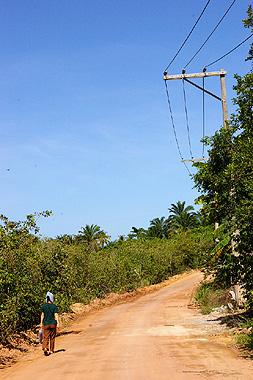 トランコーゾの田舎道を撮影。どこか沖縄の波照間島に似ている