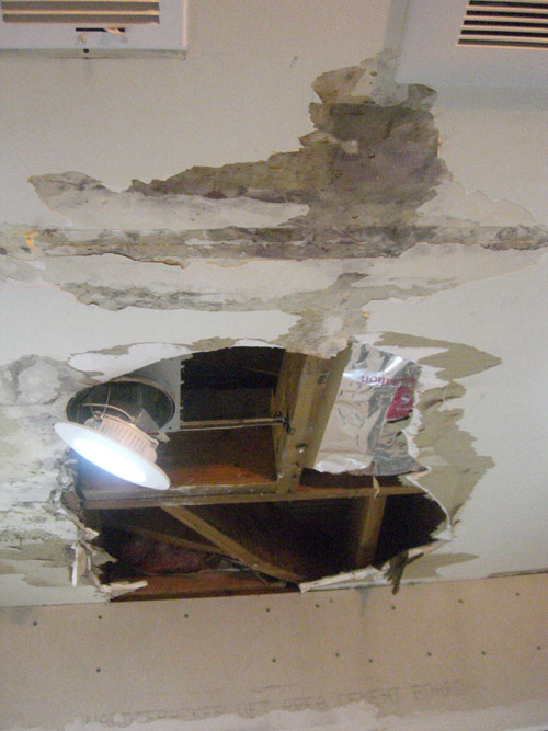 damaged_celling2.jpg