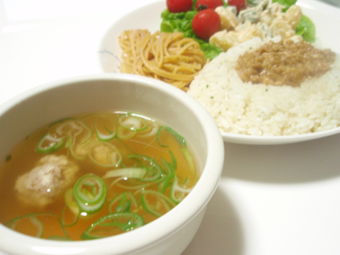 鶏つみれスープ