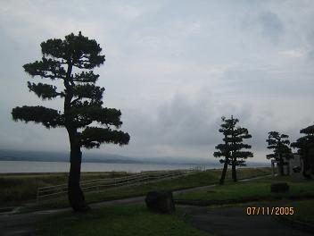 宍道湖、ちょっと暗め