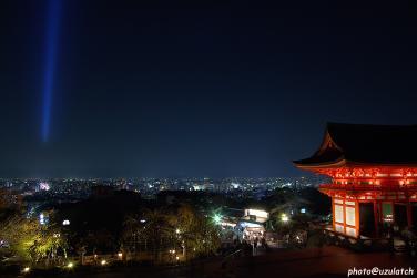 清水仁王門と夜景