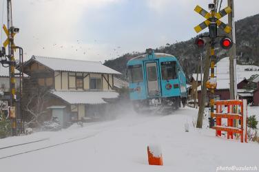 冬のローカル列車02