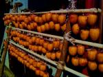 干し柿作業の美