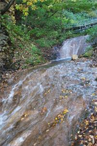 キムンドの滝1