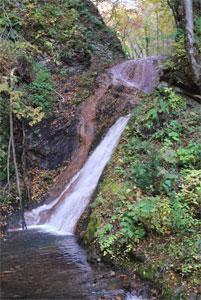 キムンドの滝2