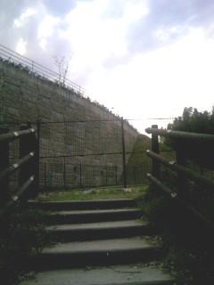 石神山公園行き止まり?