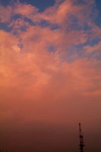 茜色の雄大積雲2