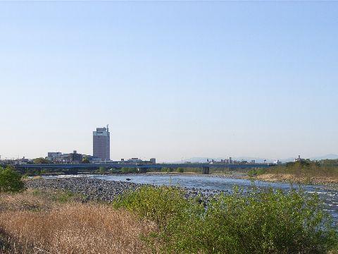 大渡橋から県庁