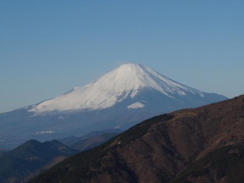 大山阿夫利神社下社と本社の中間点にある富士見台からの眺め