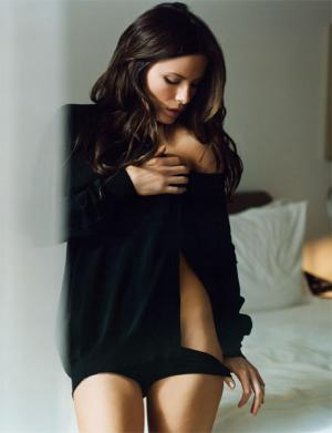 Kate Beckinsale(March 2008 Esquire)