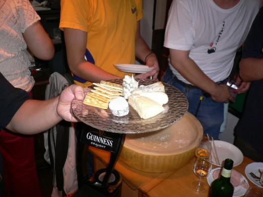 チーズを食い尽くす会(チーズの盛り合わせ)