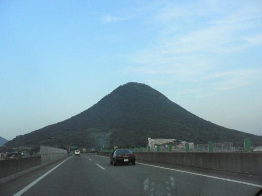 讃岐うどんツアー(18.09.30)讃岐富士