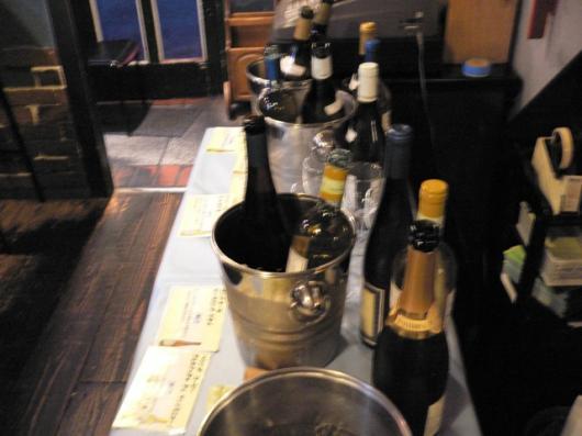 味加味でワイン01