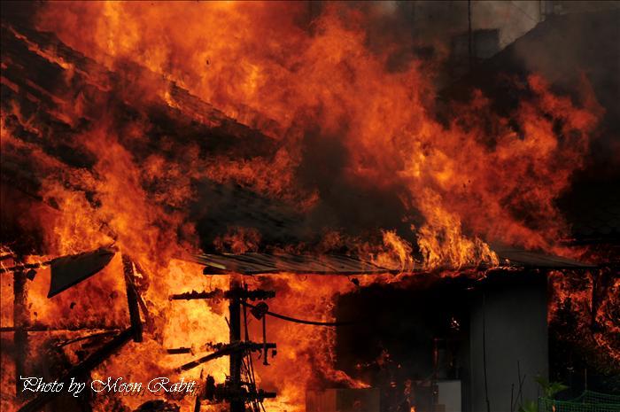 西条市消防観閲式2010の予定(愛媛県西条市加茂川河川敷 多目的広場 2010年3月21日)・2009西条市消防観閲式と消防団員 --写真は-- 西条市の事件 西条市大町新町の火事 2009年5月11日