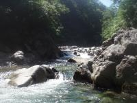 渓が開ける