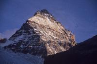 残照のアシニボイン山