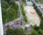 我家から見た下の広場の盆踊り風景・・