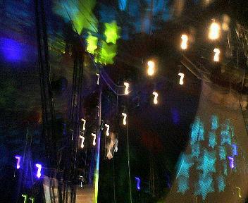 ステージが終わってからのテントの中の表情