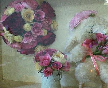 友の羊さんにもお花飾りした素敵な作品