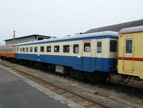 キハ22旧国鉄色