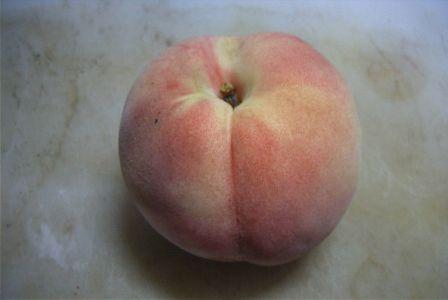 上から見た桃