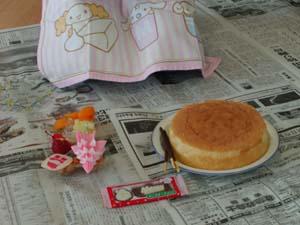 スポンジケーキとデコレーションの材料
