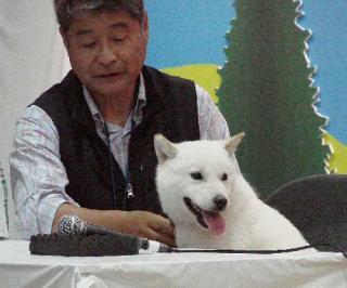 生カイ君とトレーナーの坂本さん