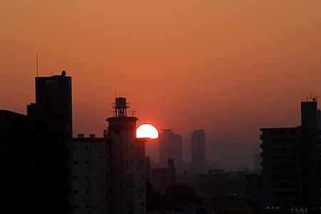 落日のミッドランドスクエア