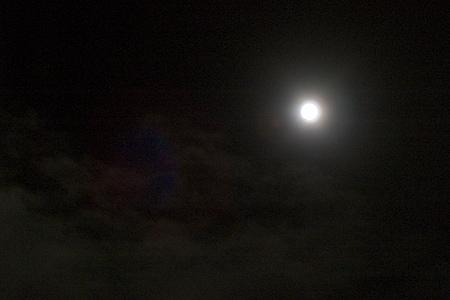 手持ちで撮る中秋の名月