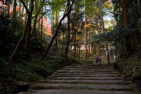 定光寺の石段参道
