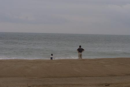 伊良湖の海と人-10