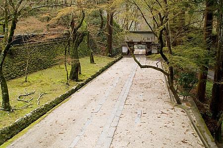 香積寺参道