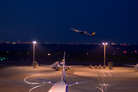 羽田空港の飛行機-8