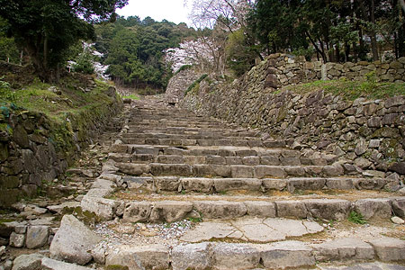 大手道の石段