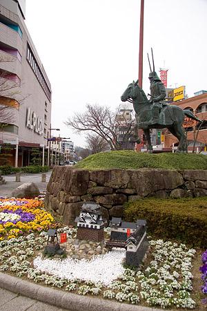 彦根城桜-4