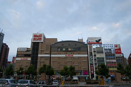 早朝名古屋駅裏-3